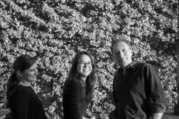 Werner Aisslinger con Monika Losos e Tina Bunyaprasit (courtesy Hobo)