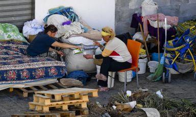 Poveri-Napoli--1030x615