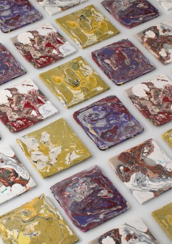 Piastrelle di plastica, Enis Akiev